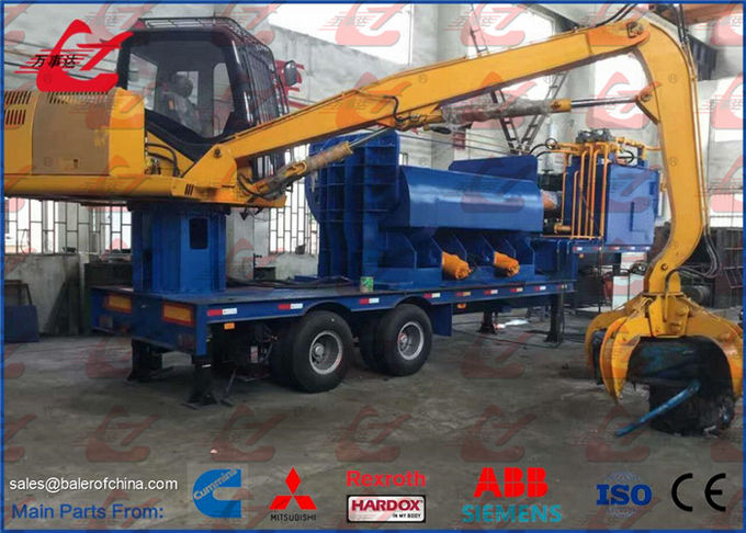 Mobile Scrap Metal Baler Logger Hydraulic Metal Baling Press Diesel Engine Power Feeding Grab Equipped